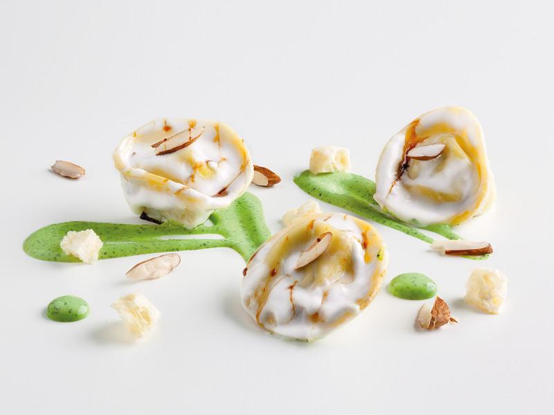 tortelli-verduras-almendras-borraja